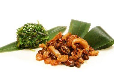 Салат чука с морепродуктами