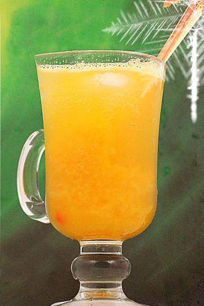Освежающий коктейль из маракуйи