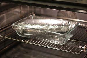 Запекать в разогретой до 180С духовке 1,5 часа.