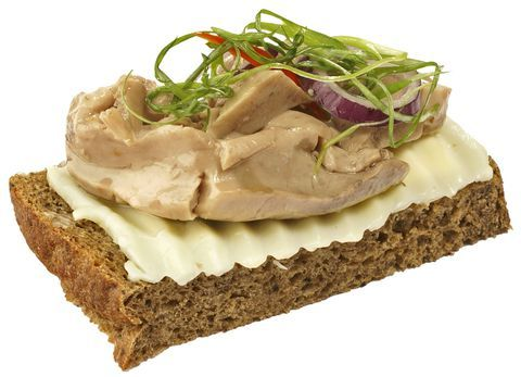 Бутерброд с печенью трески