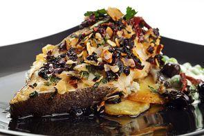 Стейк палтуса с картофельным мильфеем