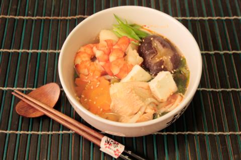 Кимчи набэ - острый японский суп