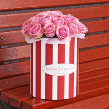 Розы Вэм в шляпной коробке XL ~29шт