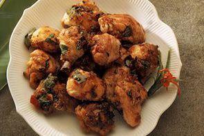 Курица с перцем чили и базиликом