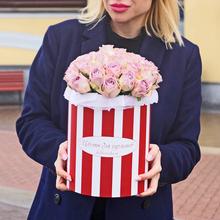 Розы Мемори Лейн в шляпной коробке XL ~29шт