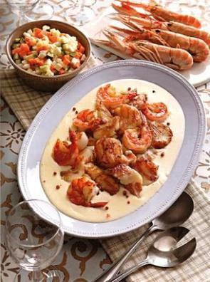 Картофельный суп с барабулькой и морепродуктами