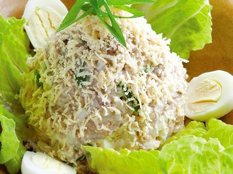 простой рецепт салата с печенью трески