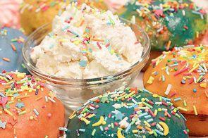 Цветные мини-кексы