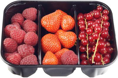 Микс ягод смородина, клубника, малина 300г