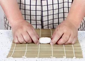 Приготовьте рис для суши по рецепту