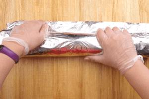 Завернуть рулет в фольгу и поставить в разогретую до 180С духовку на 2-3 часа, до готовности мяса.